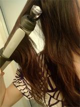 コテで巻髪を作る際の巻き方